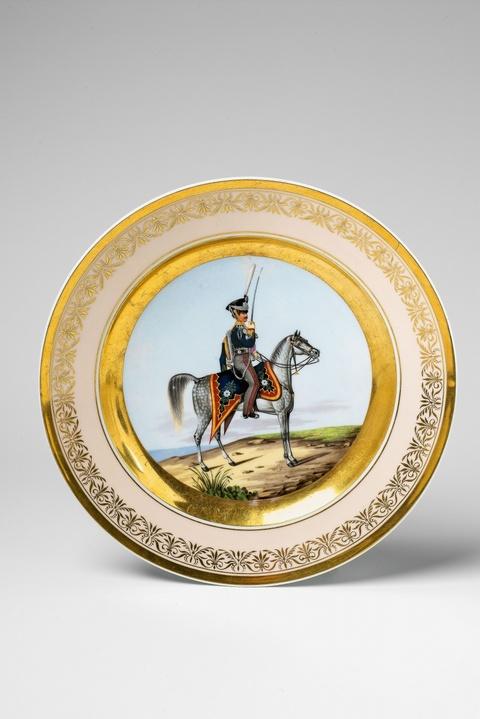 Teller mit preußischem Kavalleristen -