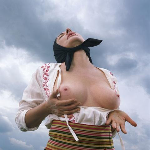 Marina Abramovic - Woman massaging Breast II (aus der Serie: Balkan Erotic Epic)