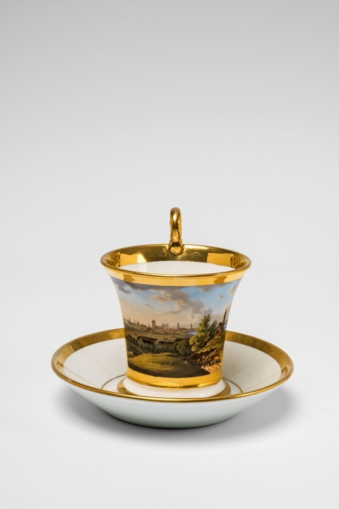 A Nymphenburg porcelain cup with a view of Munich -