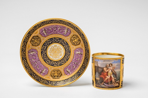 A Vienna porcelain cup with Daedalos and Icarus -