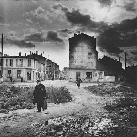 Herbert Tobias - Pauvre banlieue, Paris