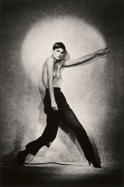Peter Lindbergh - Lynne Koester, Pin up studio, Vogue Italy