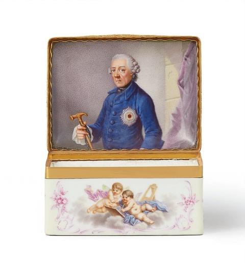 Tabatière mit Allegorien der bildenden Künste und Porträt Friedrichs II. -