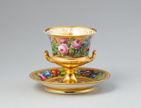 Pokal mit fleurs en terrasse und Présentoir -