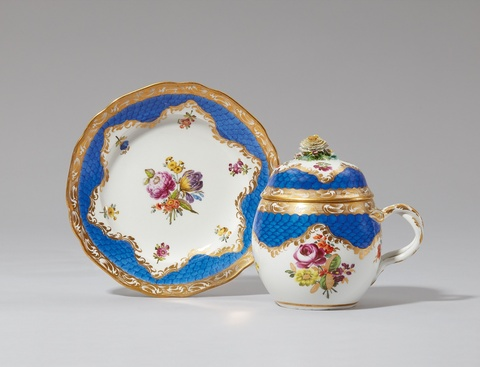 A large Vienna porcelain bouillon mug and saucer -