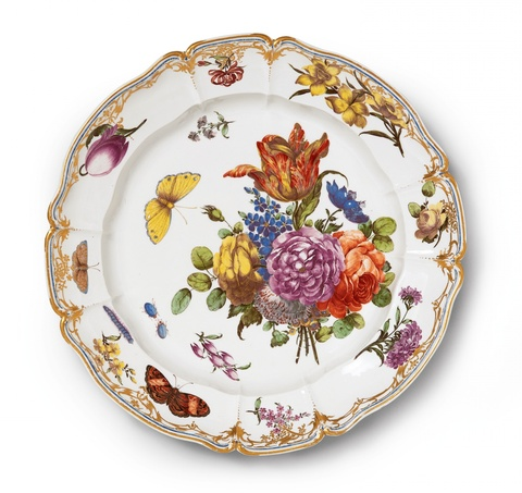 A magnificent Nymphenburg porcelain platter related to the court service -