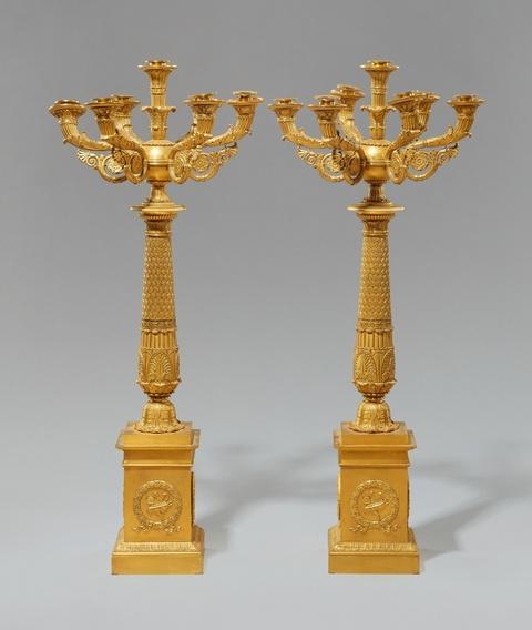 Paar Empire-Tischkandelaber aus dem Château de Neuilly -