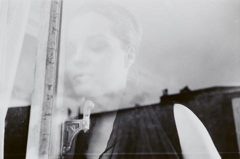 Will McBride - Romy in Paris