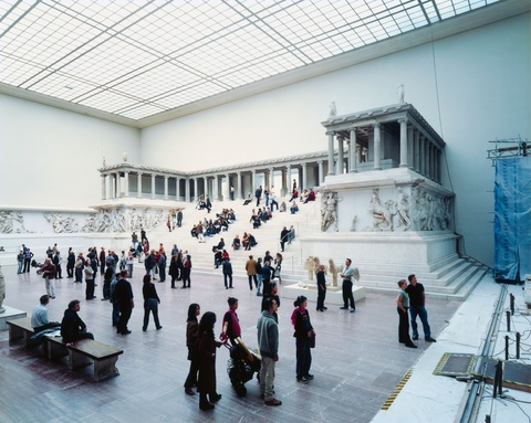 Thomas Struth - Pergamon V, Berlin
