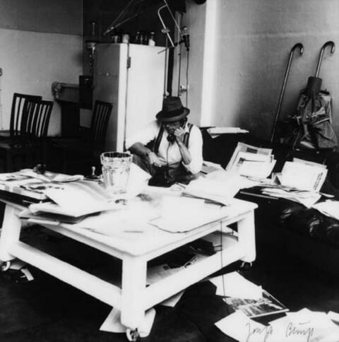 Erika Kiffl - Joseph Beuys im Atelier