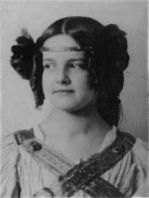 Franz von Stuck - Mary