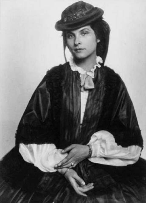 Trude Fleischmann - Sibylle Binder als Kaiserin Charlotte