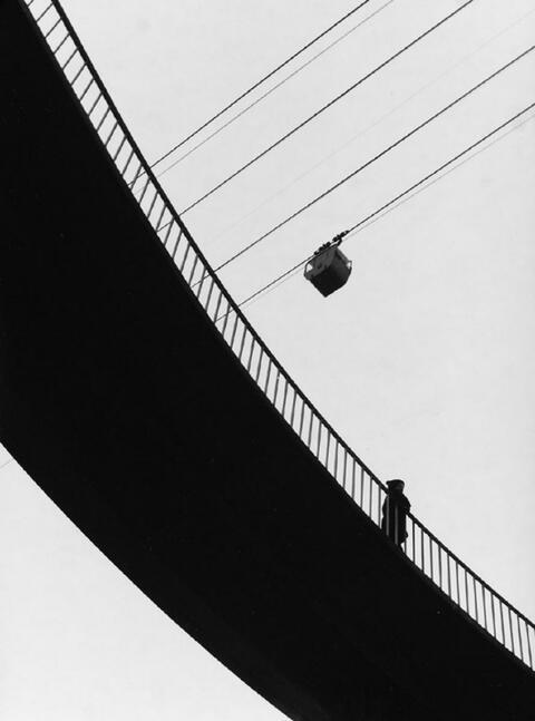 Lotte Laska - An der Zoobrücke