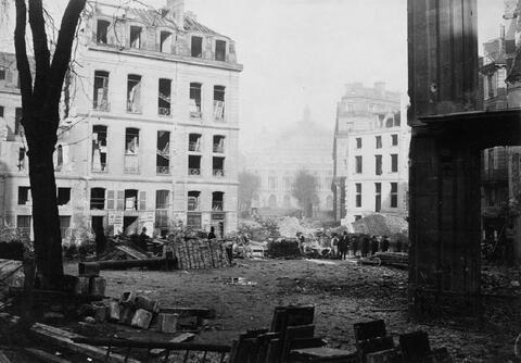 Charles Marville - Bau der Avenue de l'Opéra, Paris. Blick von der Kreuzung der Rue Saint Augustin auf die Opéra Garnier