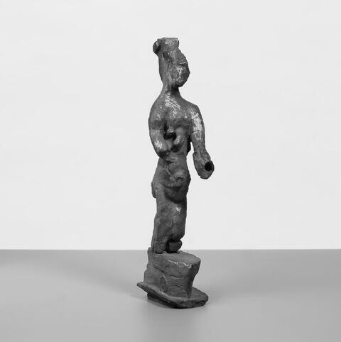 Rolf Szymanski - Nagelstatuette: Im Nacken