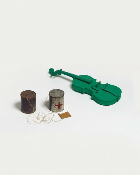 Joseph Beuys - Zwei Fluxus-Objekte
