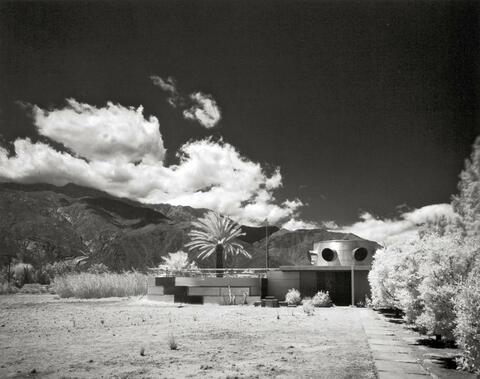 Julius Shulman - HOUSE FREY