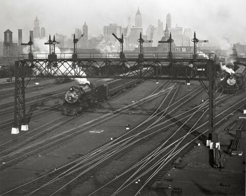 Berenice Abbott - HOBOKEN RAILROAD YARDS LOOKING TOWARDS MANHATTAN, NEW JERSEY