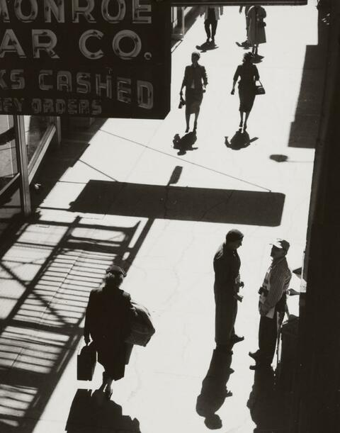 Lotte Laska - CHICAGO, WABASH-AVENUE