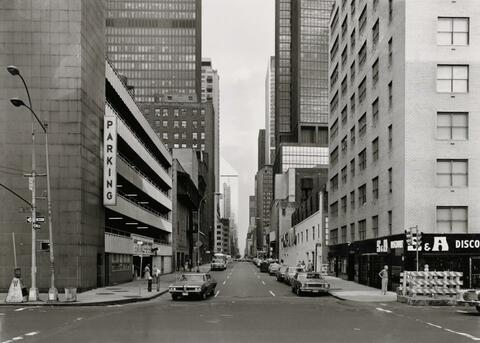 Thomas Struth - 53RD STREET AT 8TH AVENUE, NEW YORK