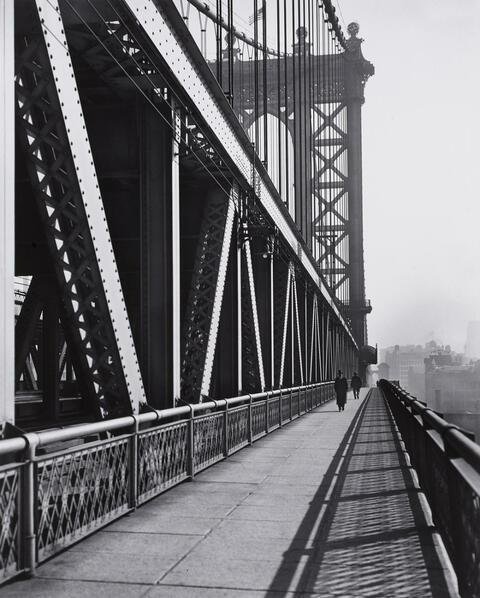 Berenice Abbott - Walkway, Manhattan Bridge, New York